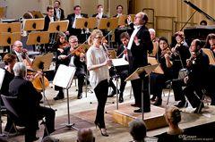 Ecesu Sertesen, GMD Raoul Grüneis & Mittelsächsische Philharmonie
