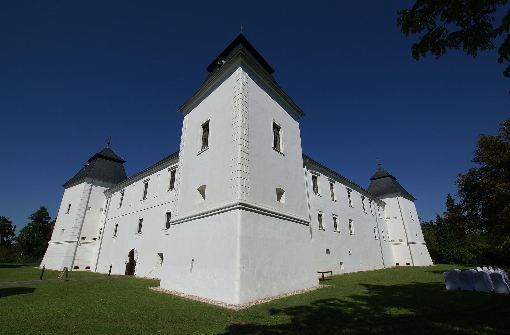 Egervár - Burg