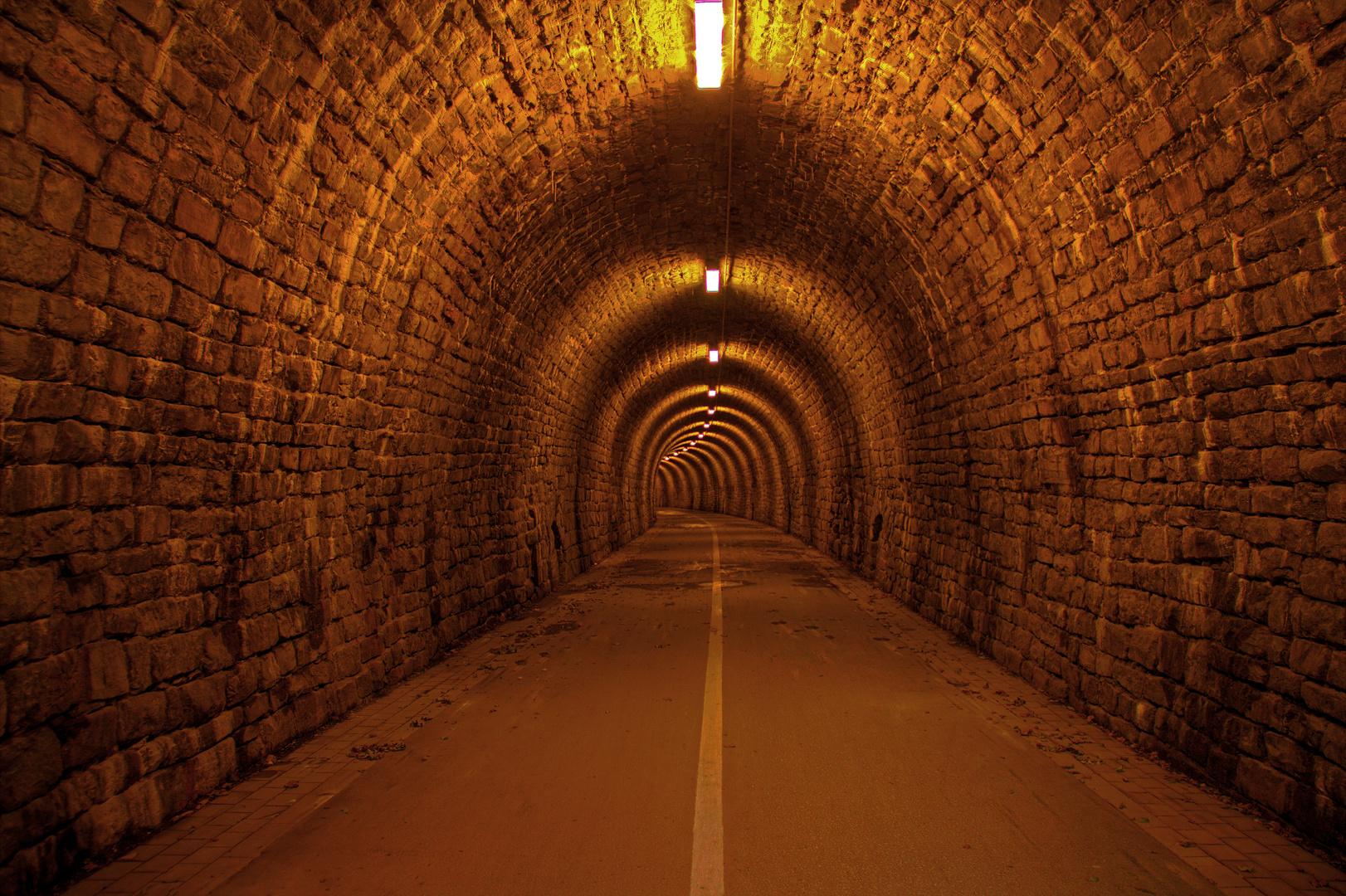 """Ehem. Eisenbahntunnel """"Schulenberger Wald"""" in Hattingen/Ruhr"""