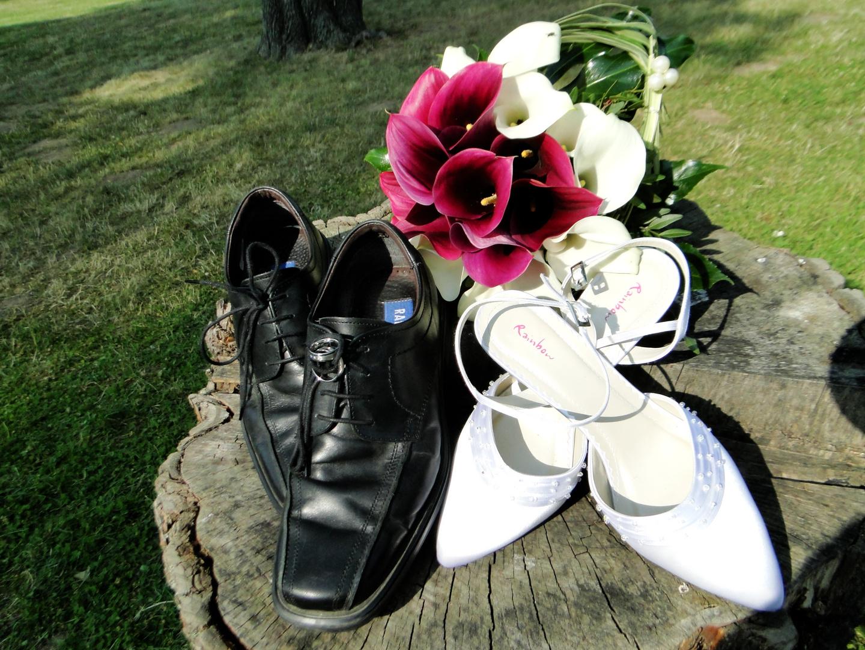 Ehe=Ringe-Blumen-Schuhe