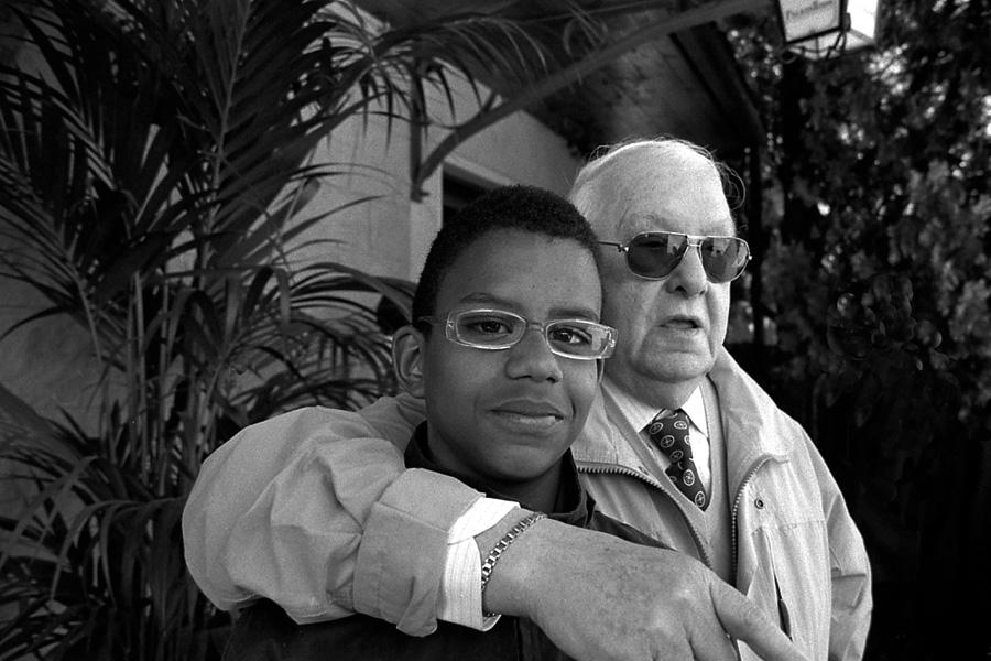 """""""Ehi!!!!... non è mio padre... ma è come se lo fosse"""" di Arnaldo Pettazzoni"""