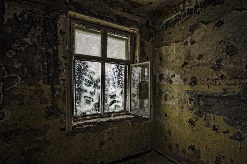 ehm. russ. Kaserne - das Fenster