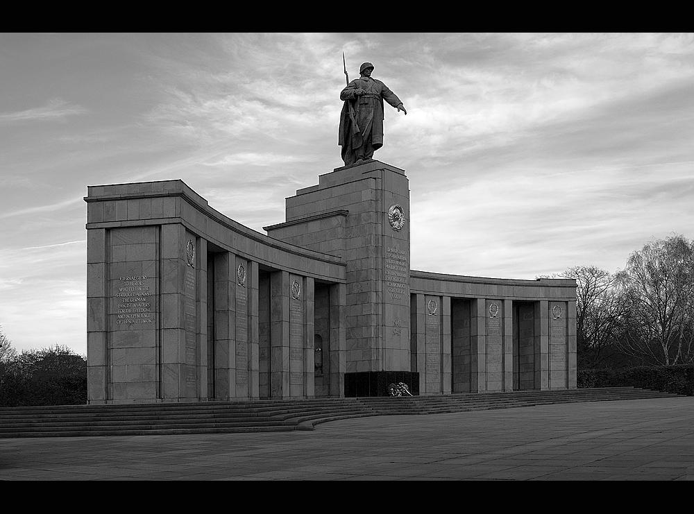 Ehrendenkmal