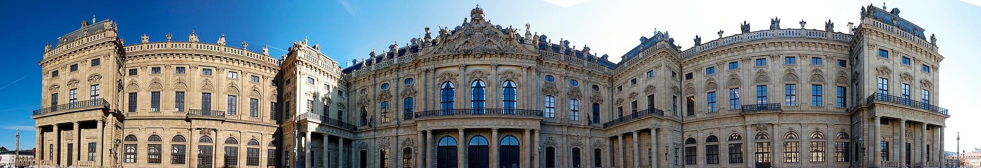 Ehrenhof der Residenz Würzburg