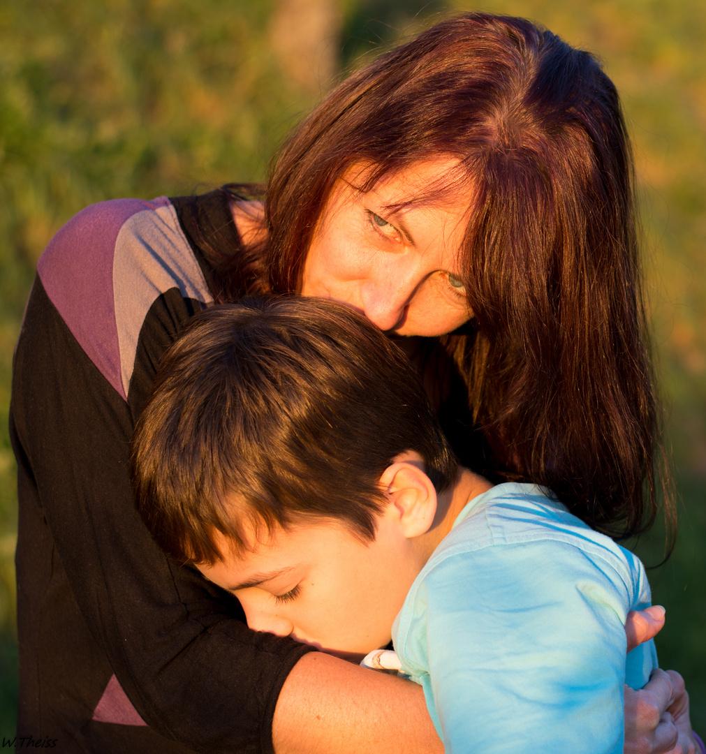 Ehrliche Liebe, Mutter und Sohn. Foto & Bild | fotos, art