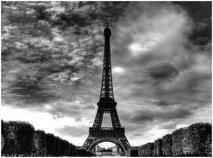 Eiffel B/N - Reprise
