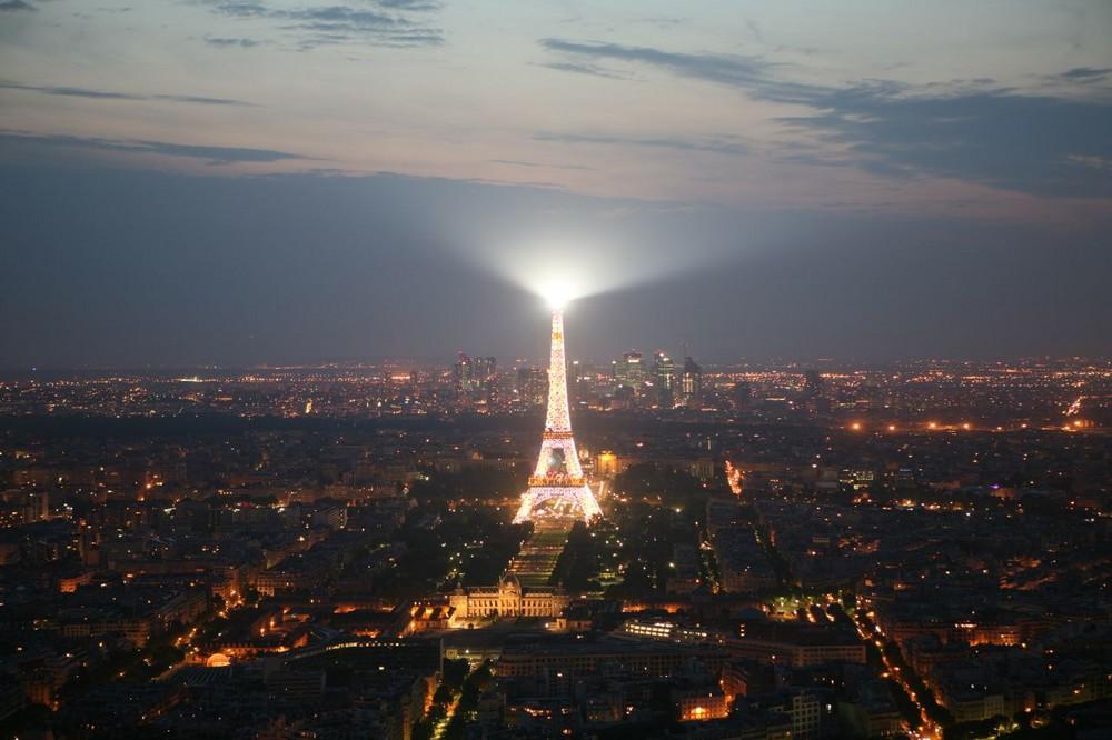 Eiffelturm mit 1,6 sek.