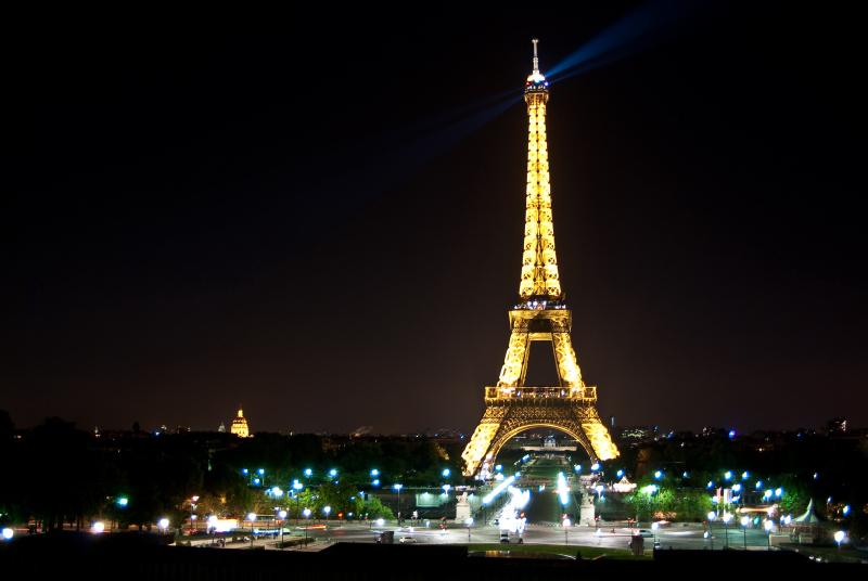 Eiffelturm.Nachts.Paris.2009