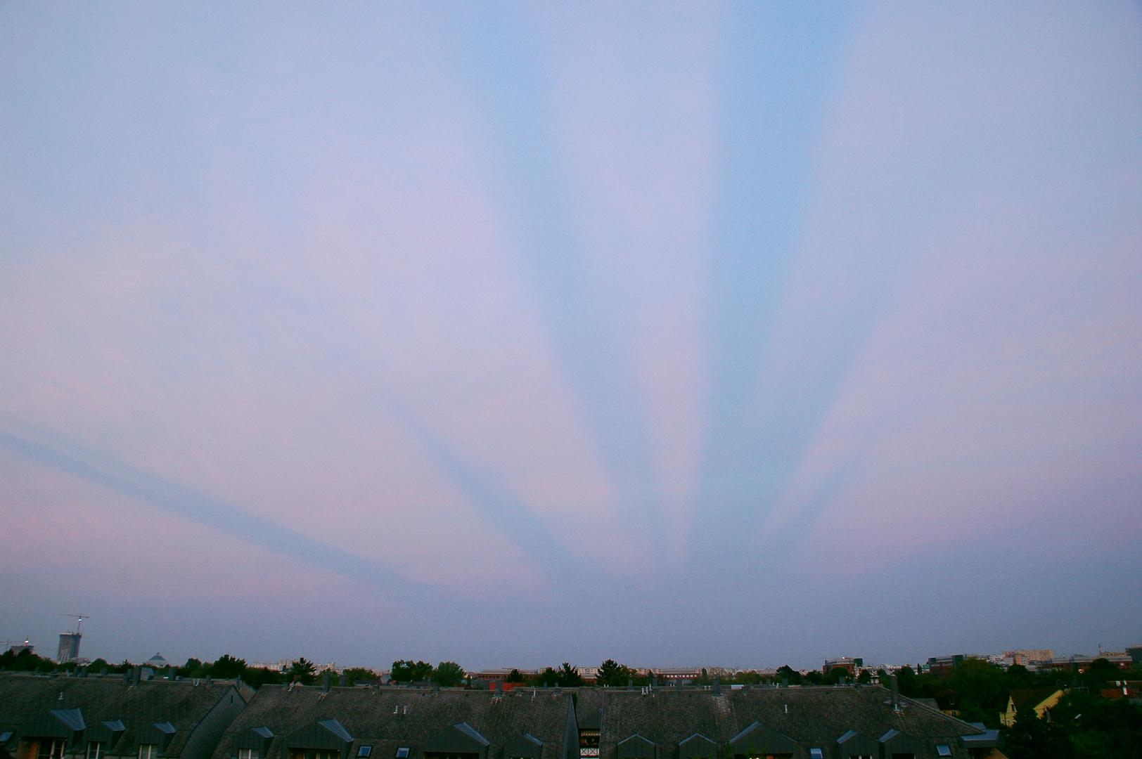 Eigenartige Wolken?