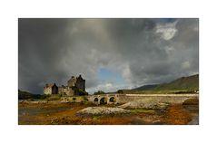 Eiilean Donan Castle bei Ebbe