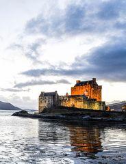 Eilean Donan Castle in the Dawn