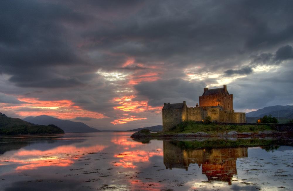 Eilean Donan Castle - Sunset