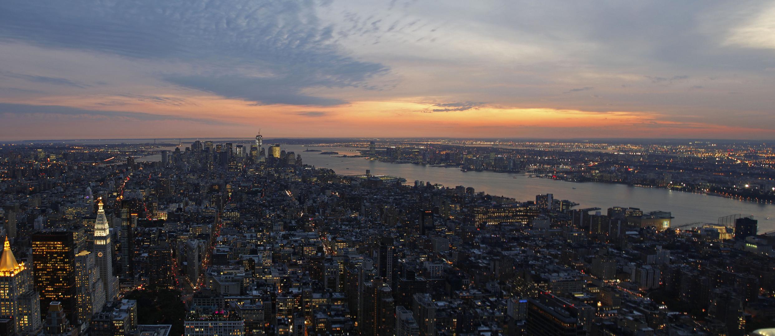 Ein Abend auf dem Empire State Building, New York