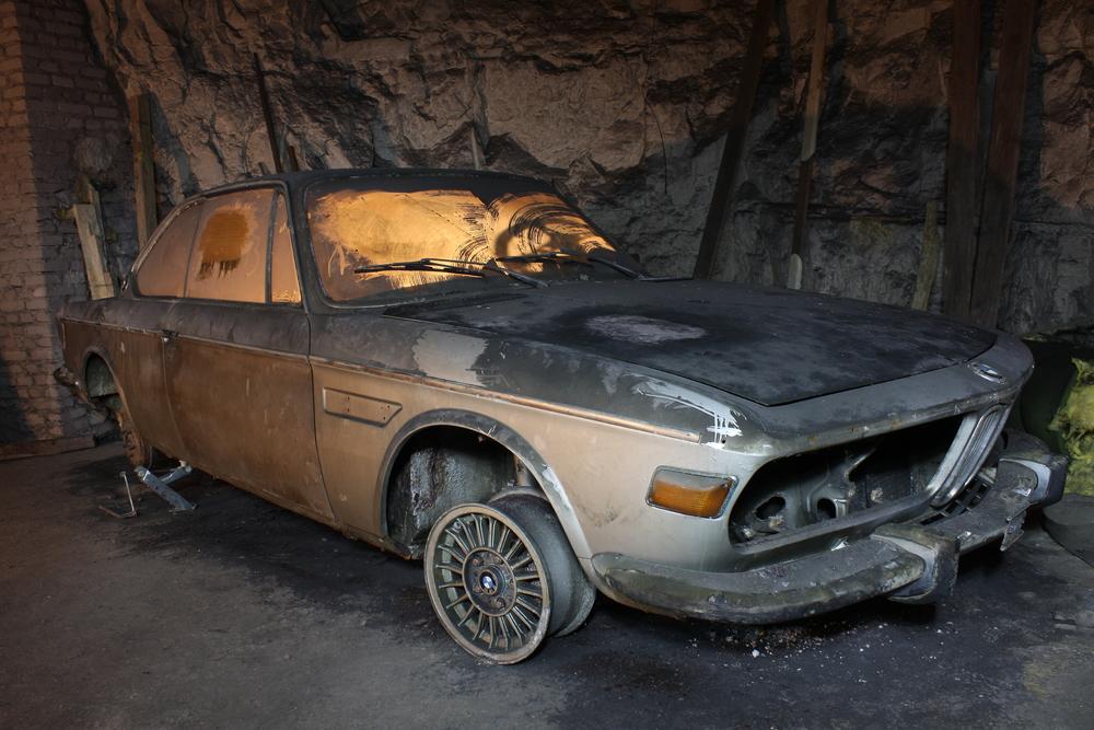 """Ein alter BMW: einfach """"Vergessen"""""""