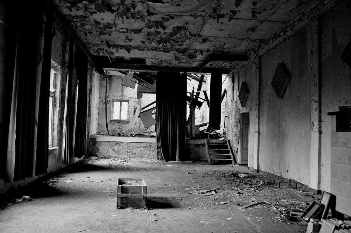 ...ein alter Tanzsaal...