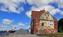 ein altes lagerhaus findet man in sonderborg
