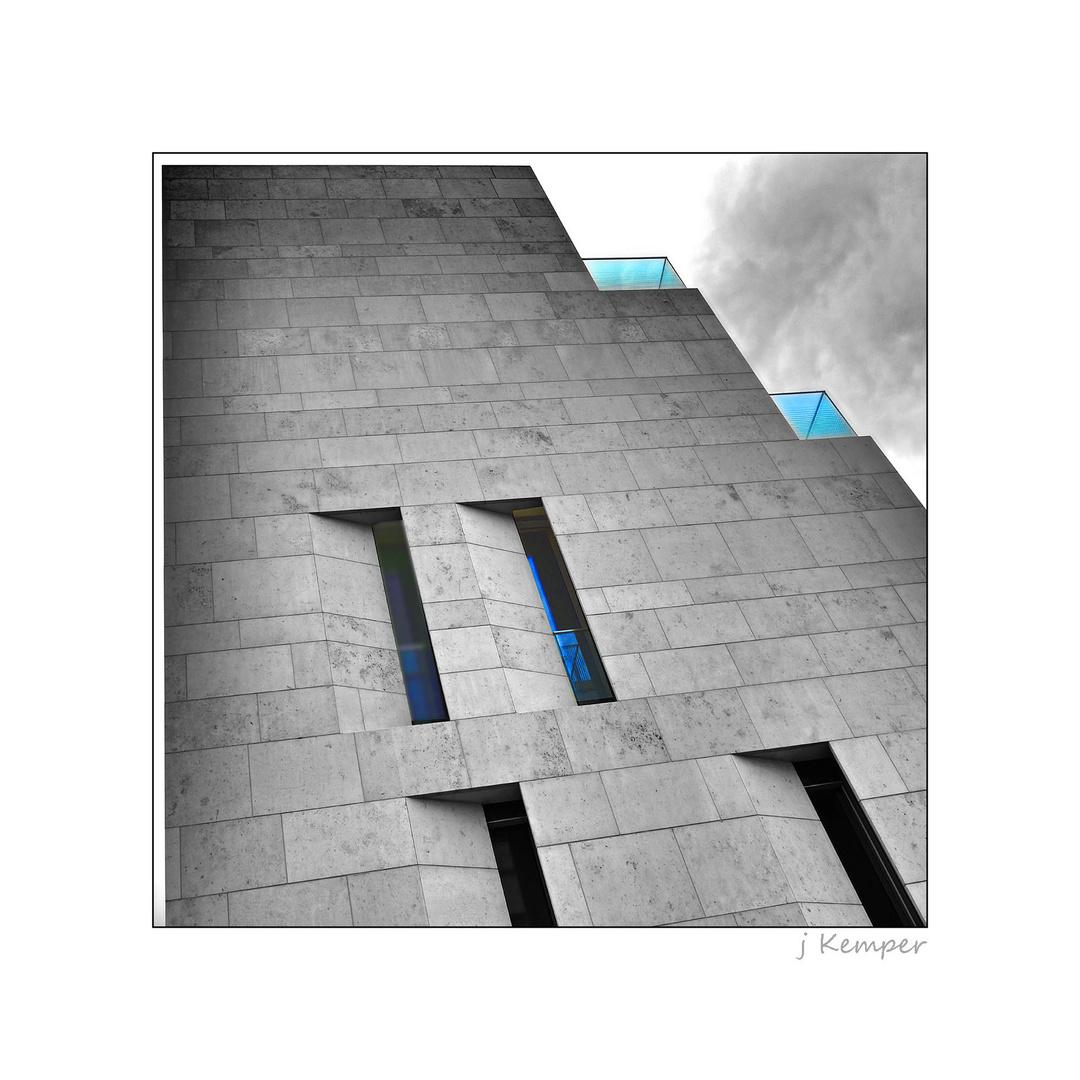 - ein bisschen Turmbau zu Berlin -
