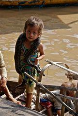 ein blick sagt mehr als tausend worte, tonle sap, cambodia 2010