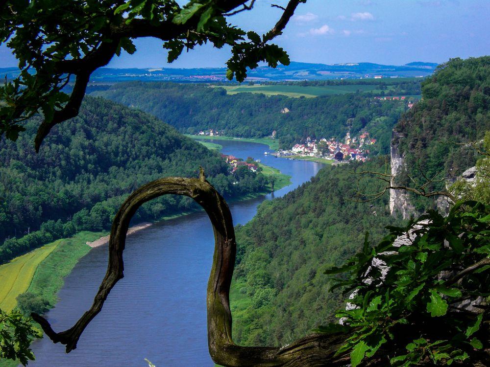 Ein Blick von der Basteibrücke