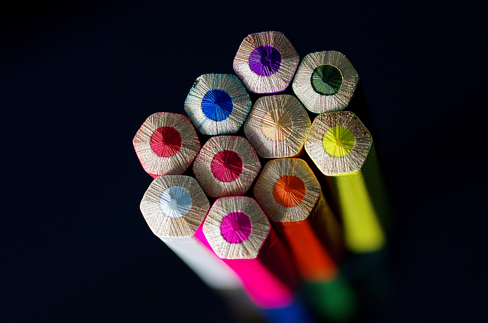 Ein Bündel mit Farben..