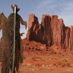 EIN Cowboy im Monument Valley USA - 1