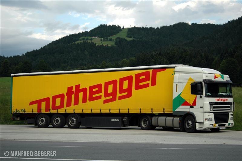 Ein DAF-Sattelzug aus Österreich