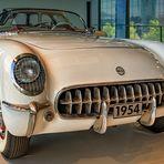 Ein echtes Glanzstück: Der 54er Chevrolet