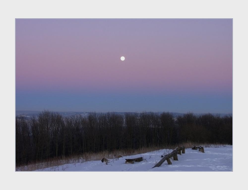 ...ein eiswindiger Frosttag auf dem Köterberg geht zu Ende...