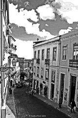Ein enges Gässchen in Lisboa