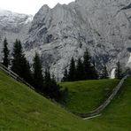 Ein etwas längerer Zaun in Ehrwald / Tirol / Österreich