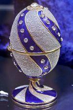 Ein Fabergé-Ei für´s  Spiegelei zum Spiegeldienstag? ;-)