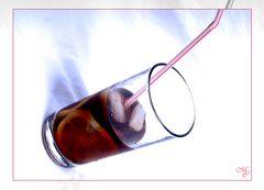 Ein fast volles Glas