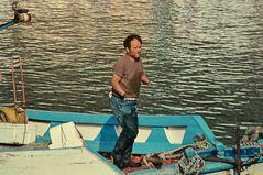 Ein Fischer der mit Dynamit fischte.         .DSC_6960