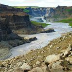 Ein Flusslauf im Vatnajökull-Nationalpark in Island