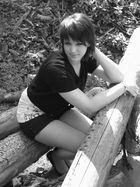 Ein Fräulein sitzt im Walde...