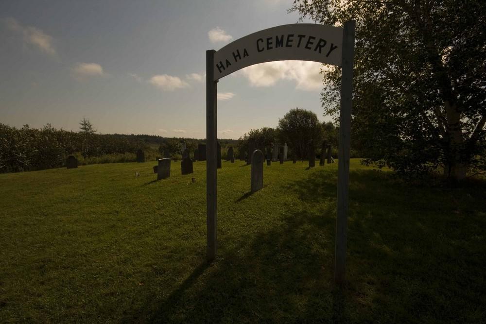 Ein Friedhof zum lachen ?!?