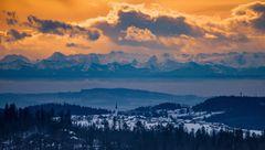 Ein gigantiascher Blick vom Bayerischen Wald auf die Alpen