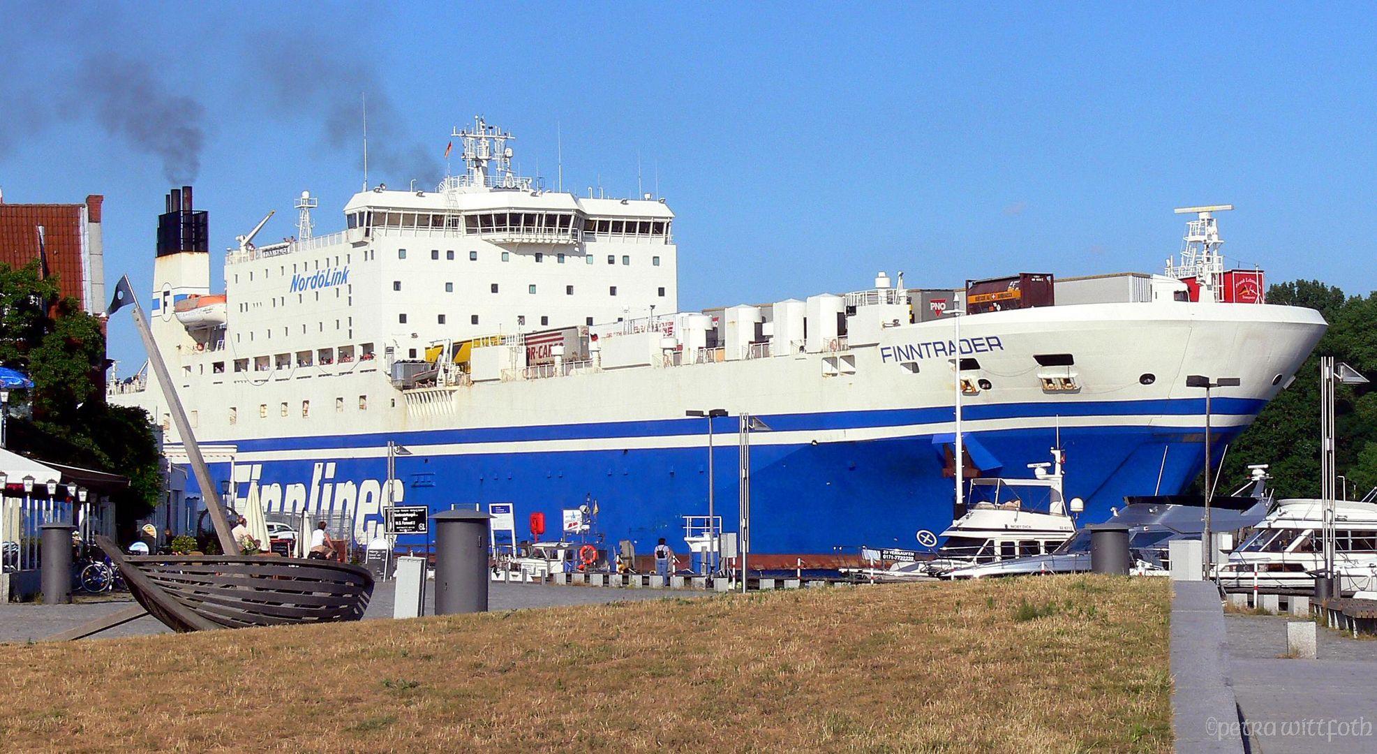 Ein großes Schiff ......