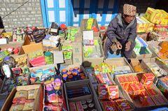 Ein Händler auf dem Samstagsmarkt in Namche Bazar
