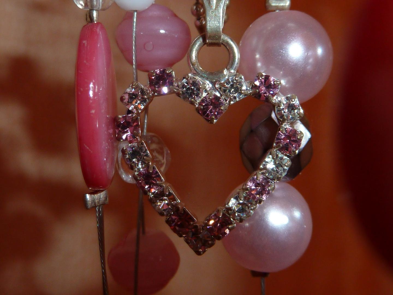Ein Herz aus Perlen Foto & Bild   emotionen, liebe