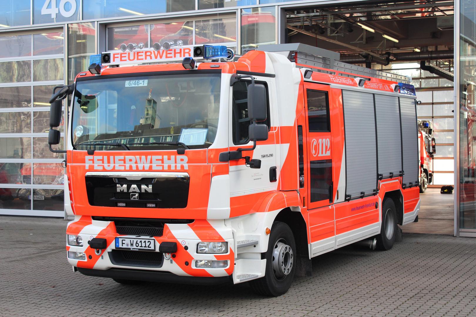 Ein HLF der Berufsfeuerwehr Frankfurt am Main