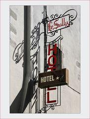 Ein * HOTEL