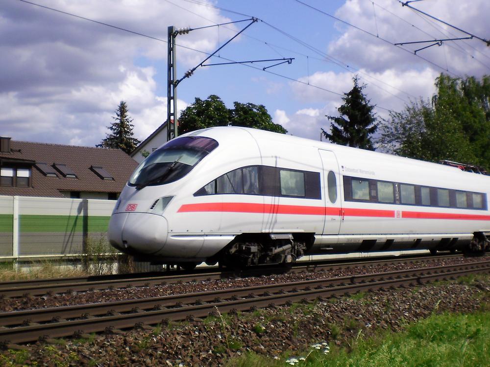Ein ICE bei Nürnberg