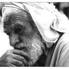Ein irakischer Mann in einem Moment der Hoffnung