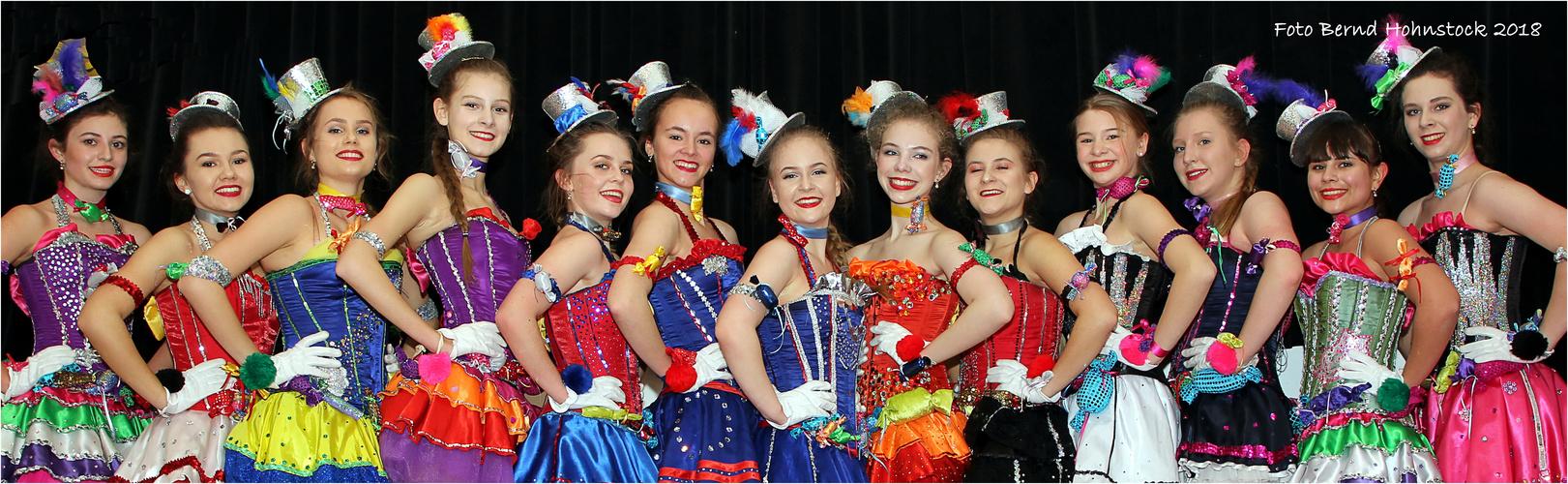 Ein Kessel Buntes .... Nachwuchsgruppe der Fauth Dance Company Foto ...
