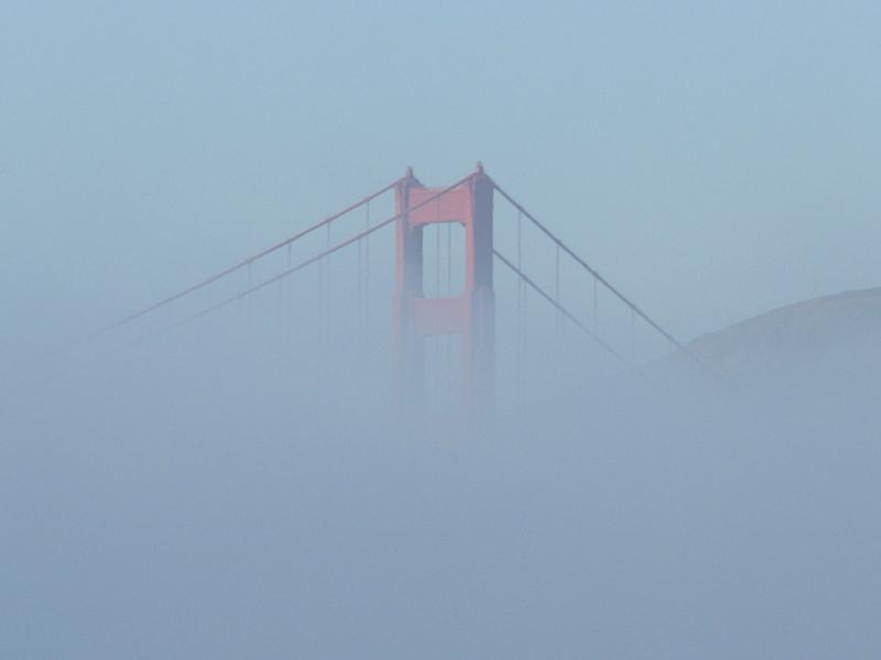 Ein kleiner Blick auf eine große Brücke