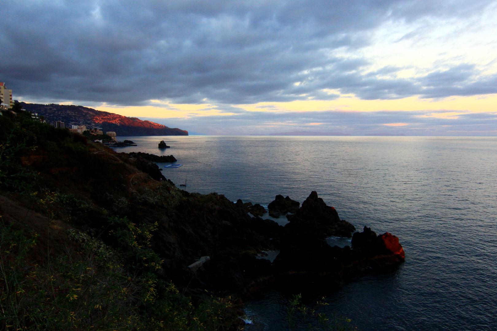 ein kleiner Lichtstrahl über Funchal