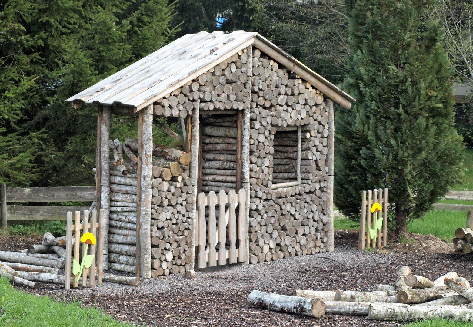 Ein Kleines Holzhaus Foto Bild Deutschland Europe