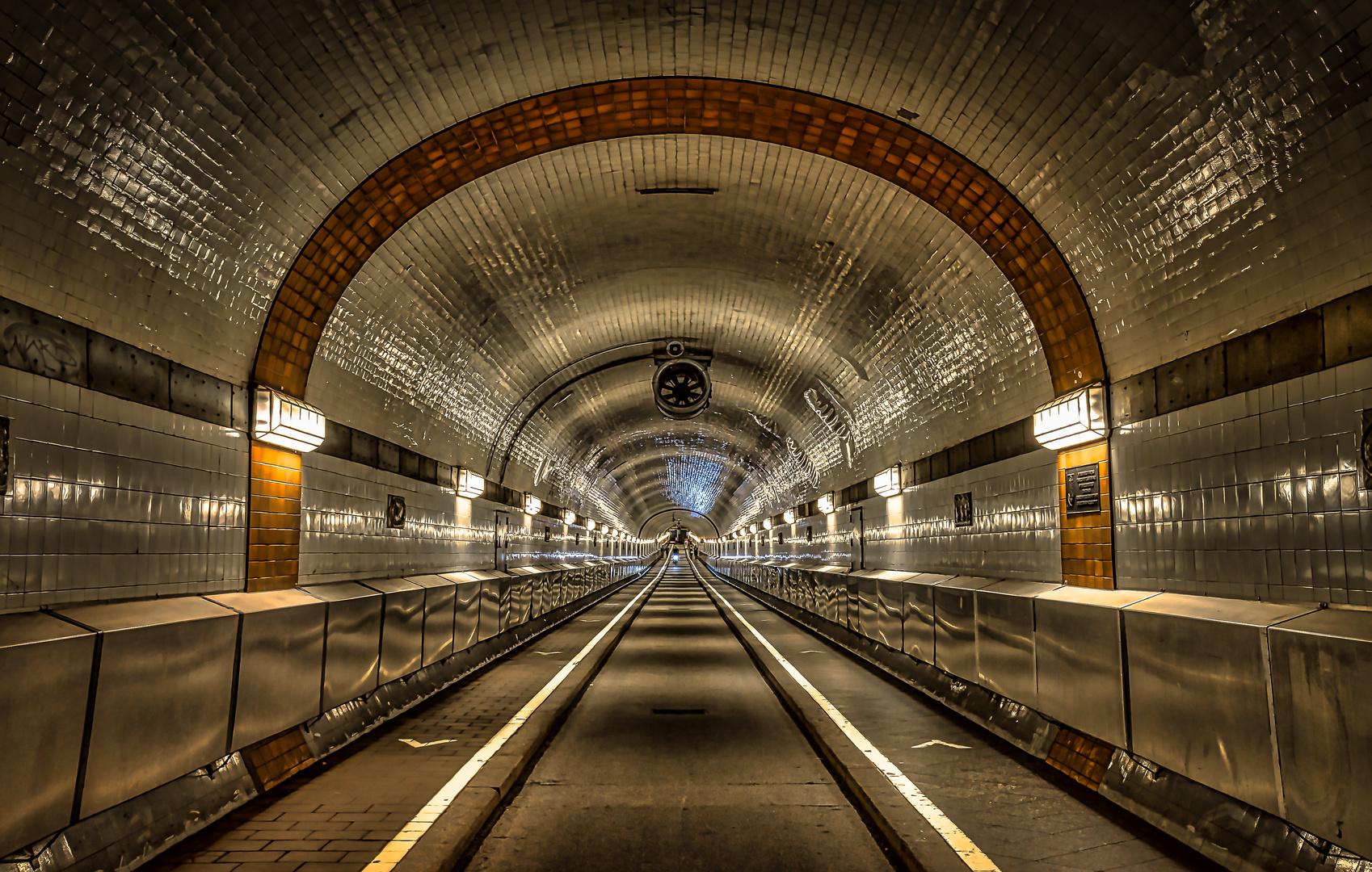 ...ein kleines Licht am Ende vom Tunnel