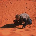Ein kurioser aber lustiger Anblick im Sand der Sahara...